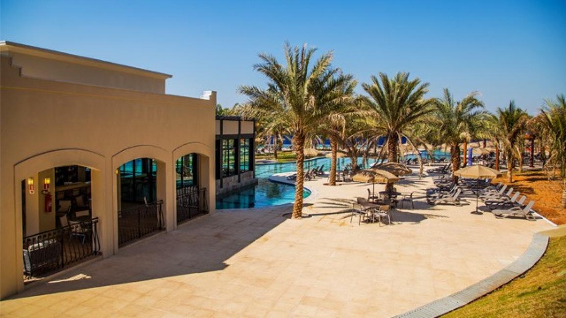 Malai manso resort chapada dos guimar es mato grosso viagem pronta operadora de turismo - Agora piscina latina ...